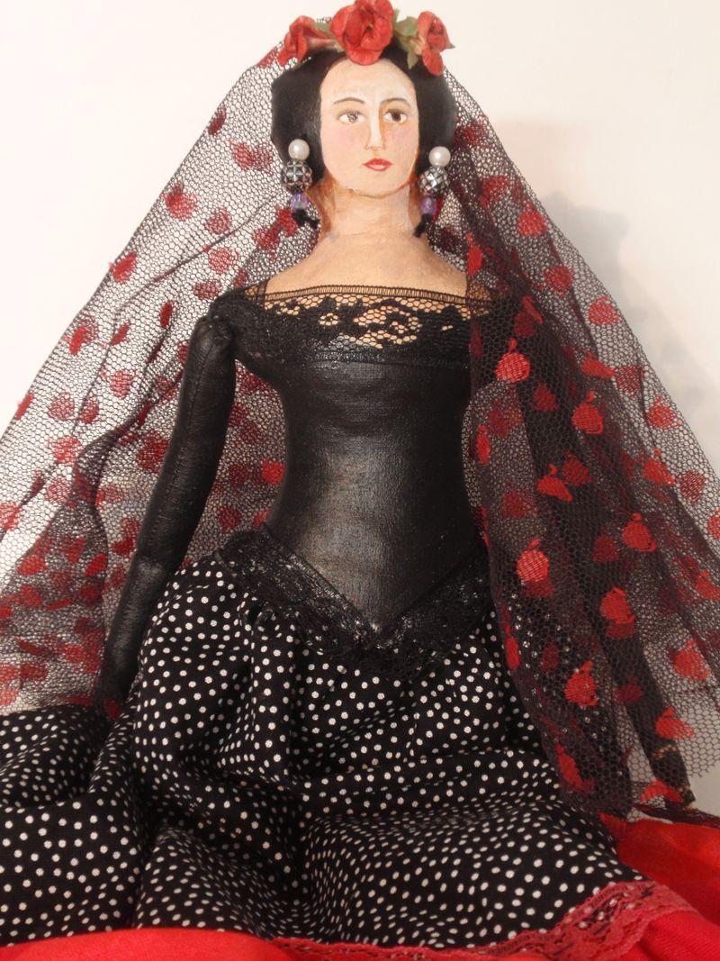 Flamenco Lisa with mantilla