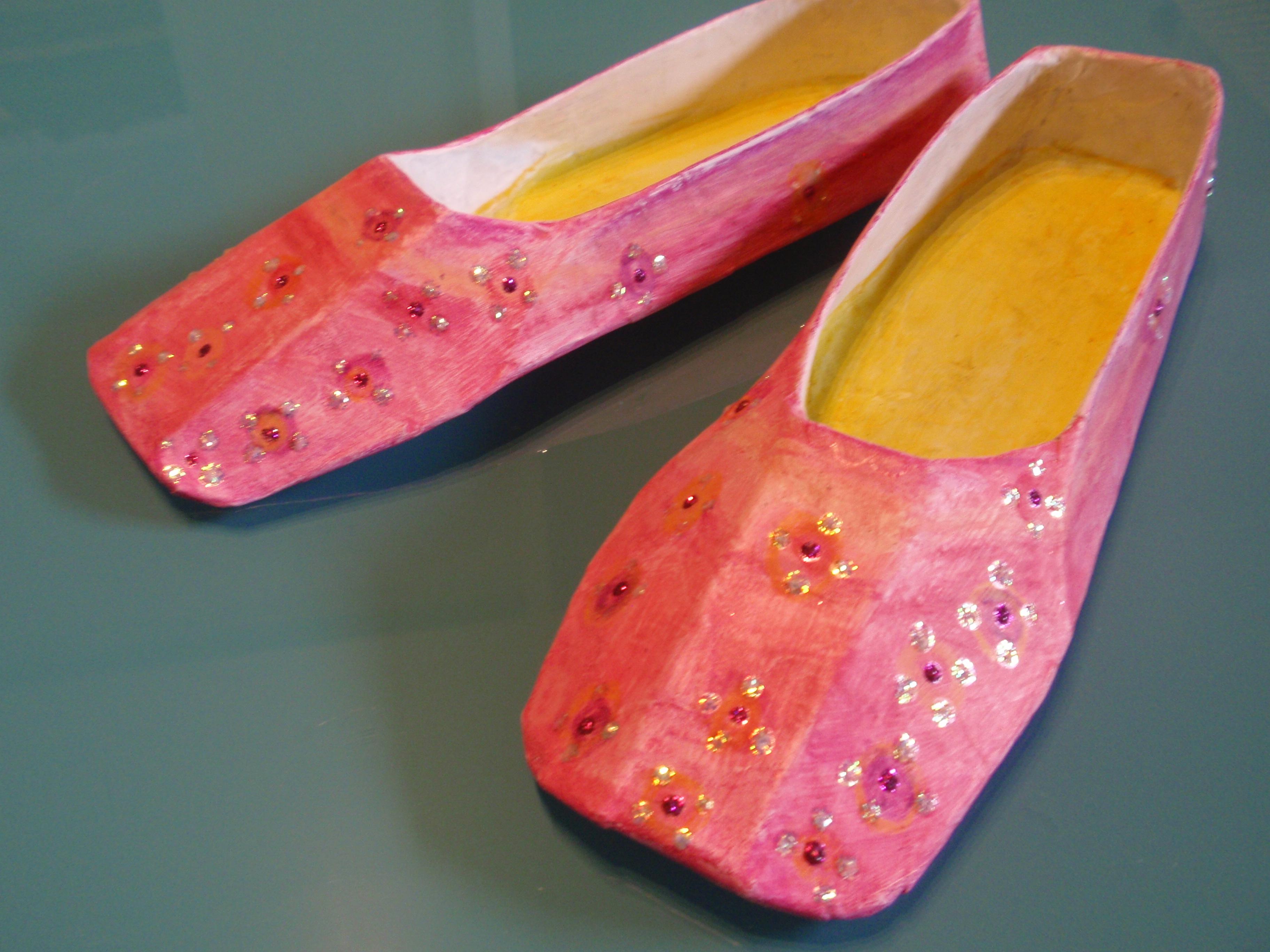 Magic carpet slippers