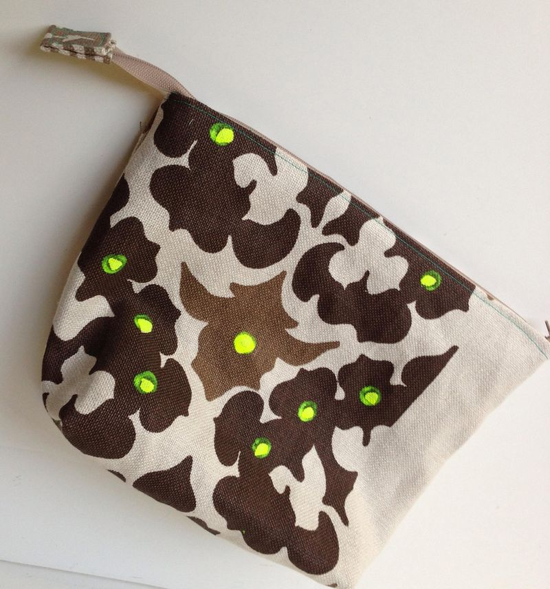 Pouch, large