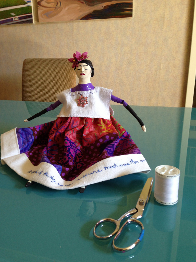 Frida with thread